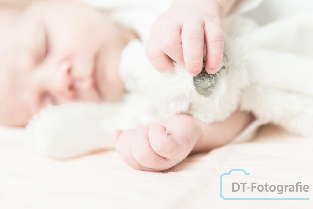 Newborn fotoshoot Lily 22-09-2015